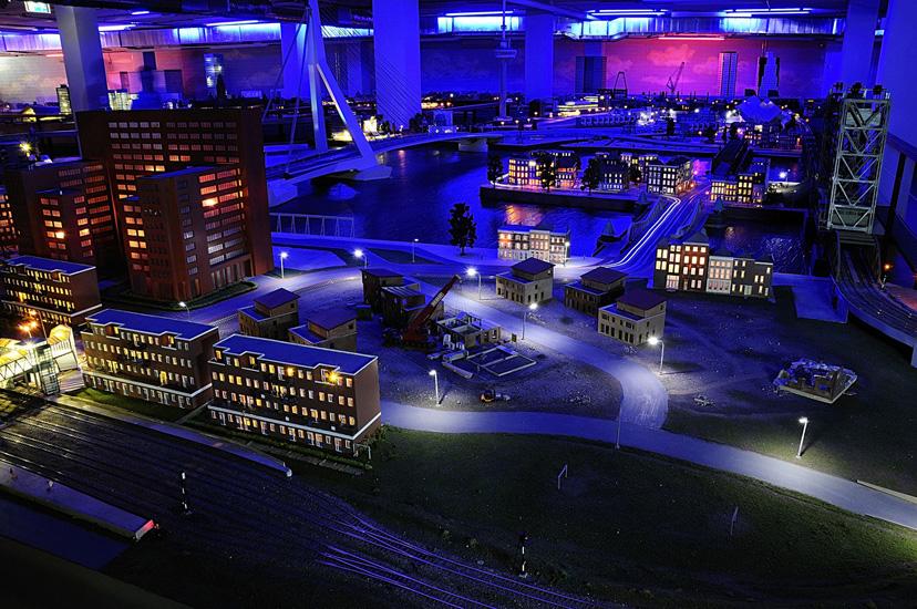 Miniworld bij nacht