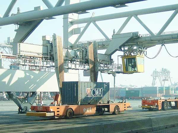 Meer containers, minder steenkool in haven Rotterdam